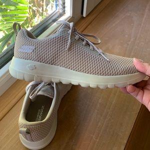 Skechers Go Joy 15601 Walking Shoe